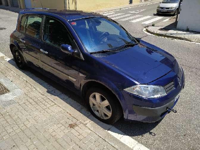 Imagen producto Renault megane diésel 1.5 oferta 400€ no funciona por bomba de gasoil ideal mecánicos o para piezas Estado muy bueno zona terrasa camboada  2