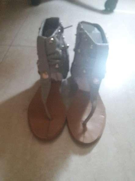 Imagen sandalias de cuña nuevas