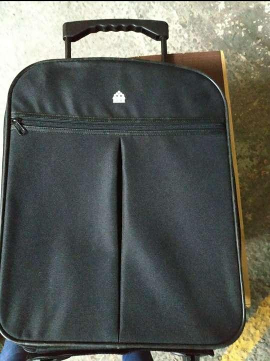 Imagen maleta de viaje