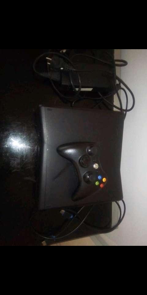 Imagen Xbox 360 con juegos