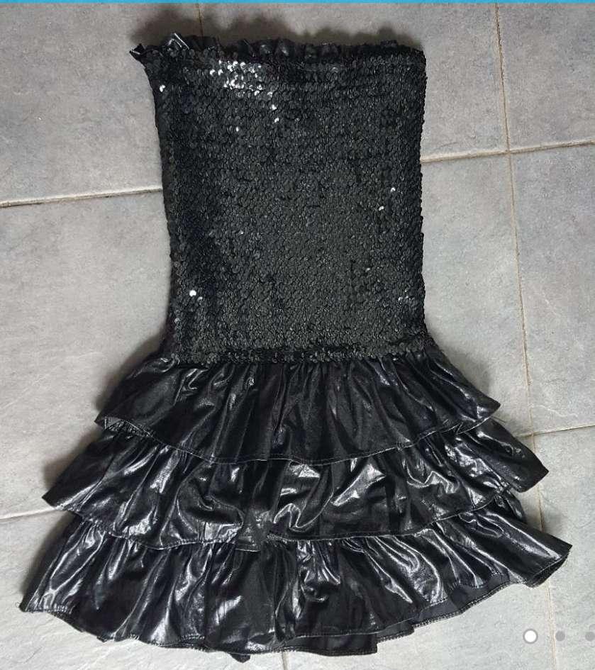 Imagen producto Vestido negro lentejuelas M nuevo  1