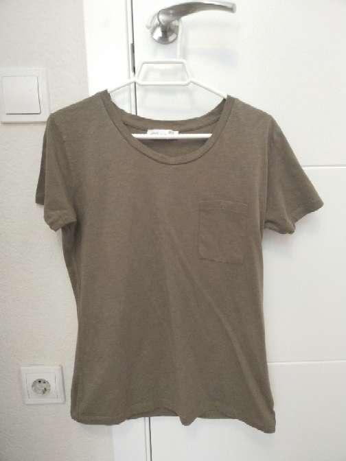 Imagen camiseta verde de Okeysi