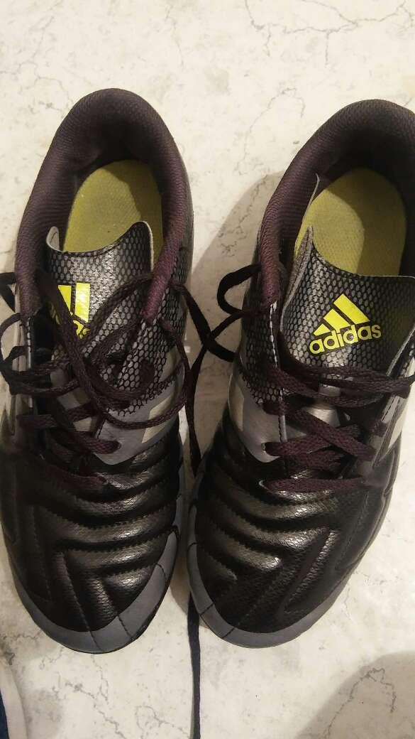 Imagen Botas Fútbol Adidas
