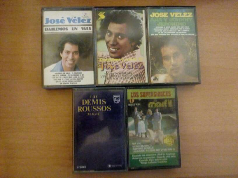 Imagen Cintas de cassette.Jose Velez,Demis Roussos,Marfil