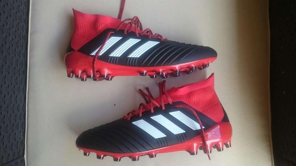 Imagen producto Botas futbol Adidas Predator 18.1 ag talla 44 1