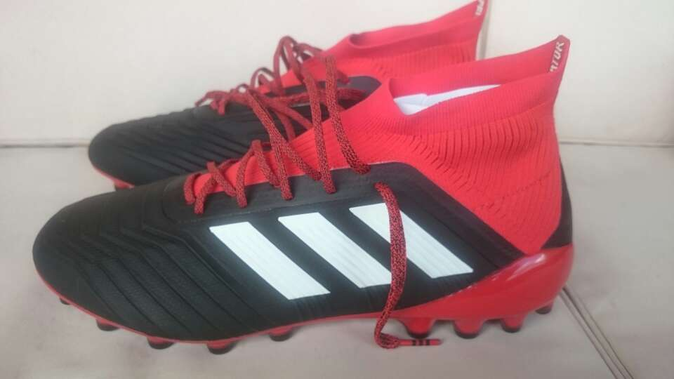 Imagen producto Botas futbol Adidas Predator 18.1 ag talla 44 2