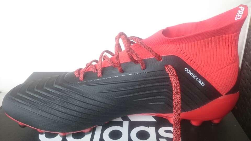 Imagen producto Botas futbol Adidas Predator 18.1 ag talla 44 4