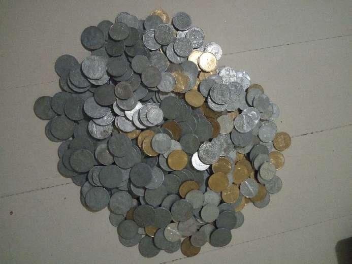 Imagen Lote 140 monedas de las antiguas pesetas.