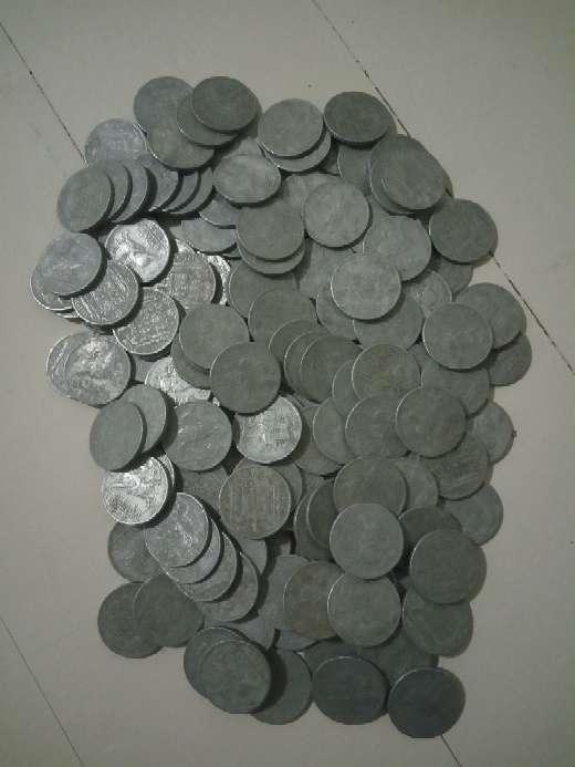 Imagen producto Lote 140 monedas de las antiguas pesetas. 2