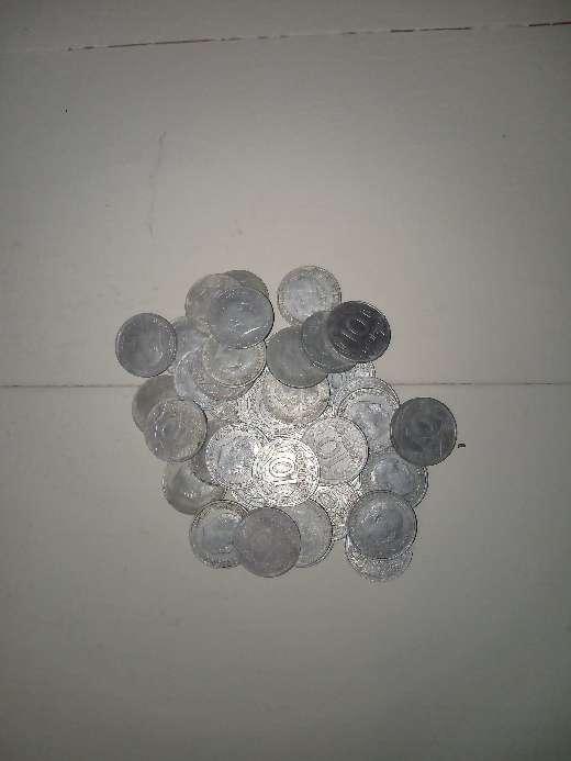 Imagen producto Lote 140 monedas de las antiguas pesetas. 6