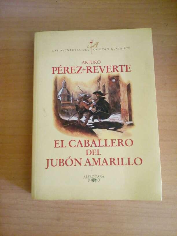 Imagen Libro El Caballero del Jabón Amarillo-Arturo Pérez