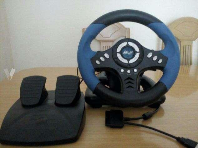 Imagen volante y pedales PC/PS2/PS3