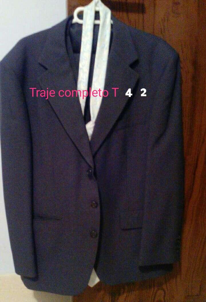 Imagen producto Traje chaqueta T 42 (25€ Envio Inc) 1