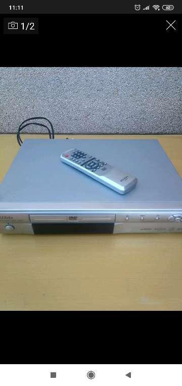 Imagen DVD con mando a distancia
