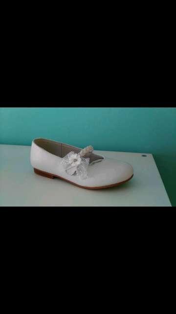 Imagen zapato niña blanco