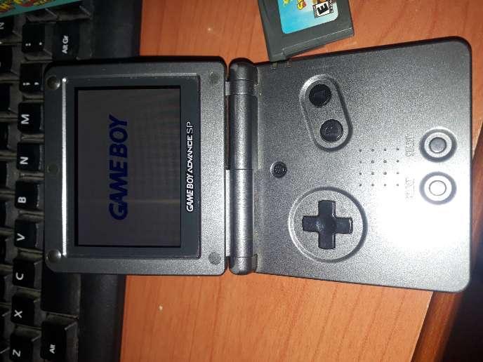 Imagen producto Game Boy Advance SP 101 5