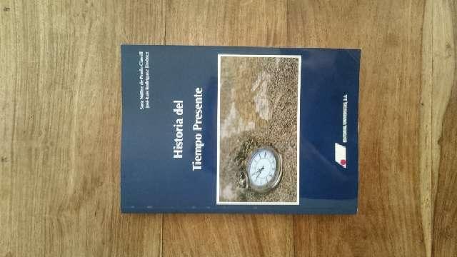 Imagen Libro de texto Universidad