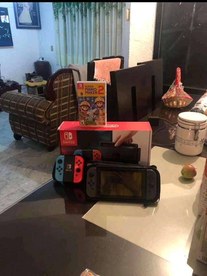 Imagen producto Nintendo Switch con Mario Maker 2 2