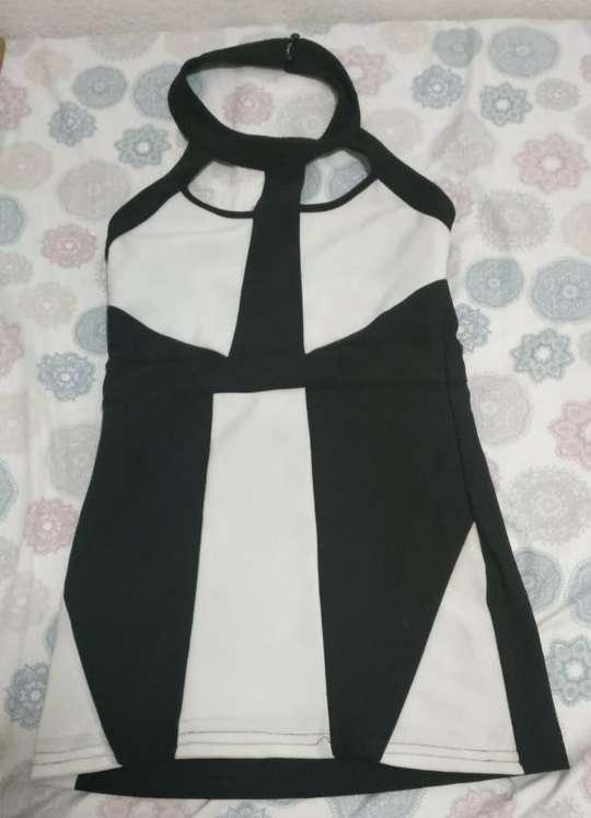 Imagen Vestido blanco y negro