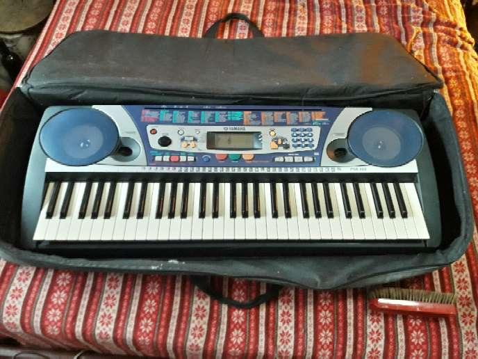 Imagen Piano Teclado Yamaha PSR-260