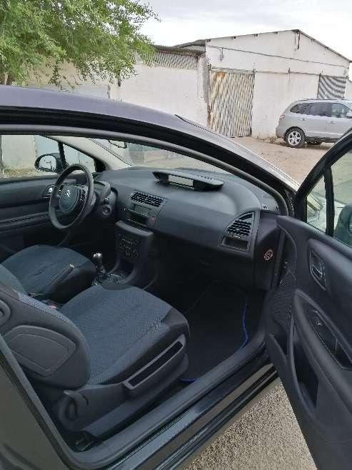 Imagen producto Se vende Citroen C4 LX año 2007. Motor 1.4 gasolina. 88 CV. 81.000 Km.  4