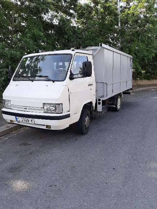 Imagen se alquila camion