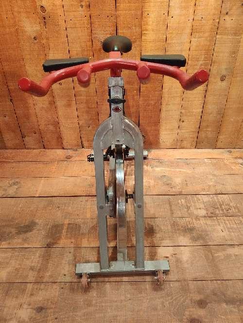 Imagen producto Bicicleta estática de spinning bodytone 3