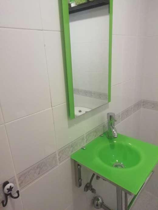 Imagen Lavabo + grifo + espejo