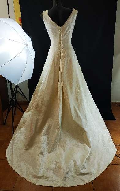 Imagen producto Vestido novia cuello barco 3