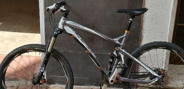 Imagen la pierre bici de montaña