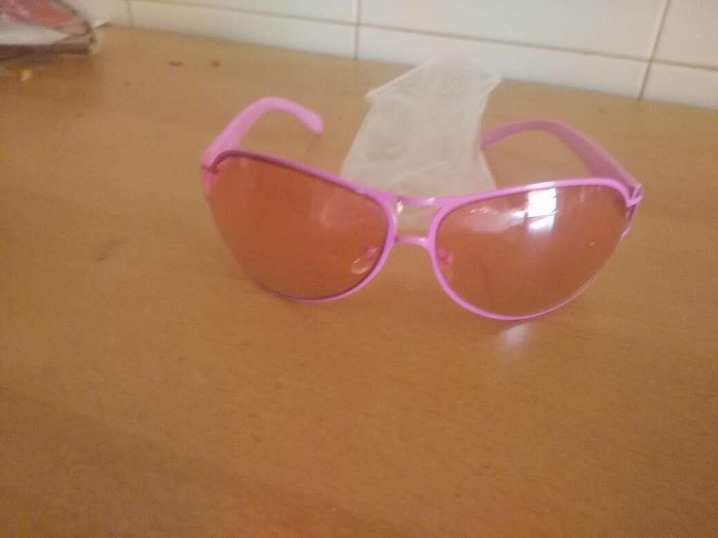Imagen gafas sol rosas