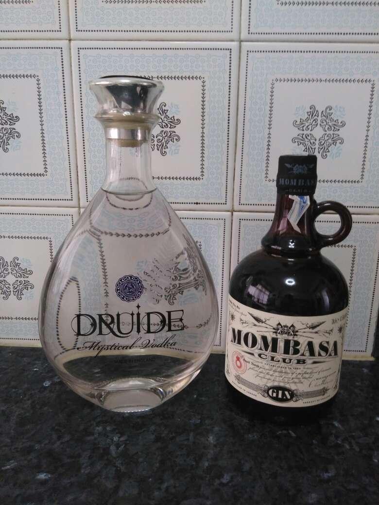 Imagen Vodka Druide y Ginebra Mombasa