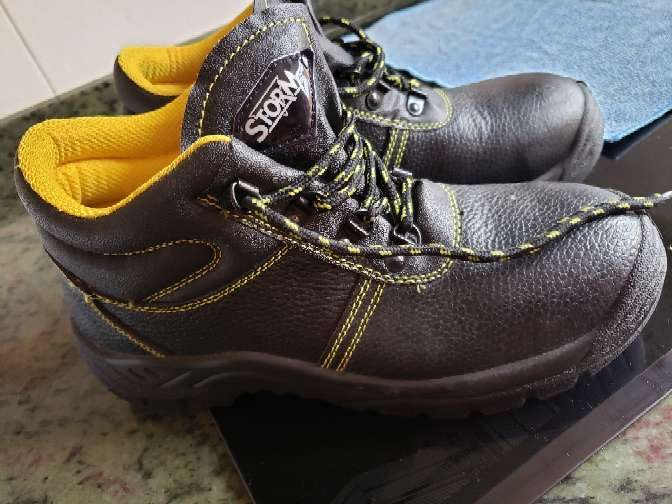 Imagen botas de trabajo