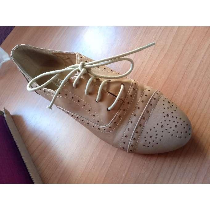 Imagen producto Zapatos beige drapeados  2