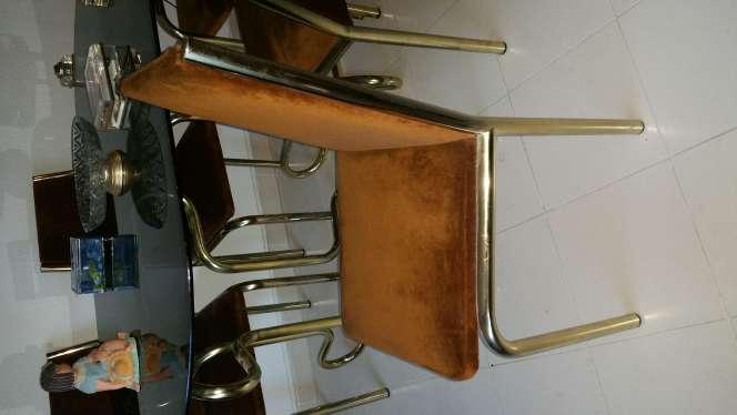 Imagen producto Mesa y sillas salón  2