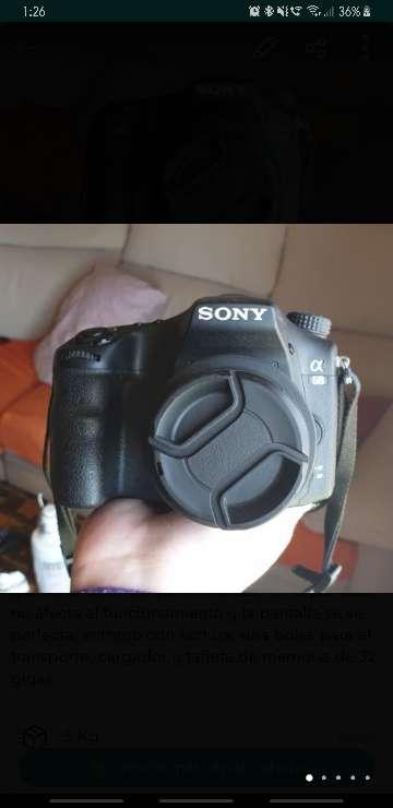 Imagen Cámara réflex Sony A68 (Alpha68) con 2 objetivos