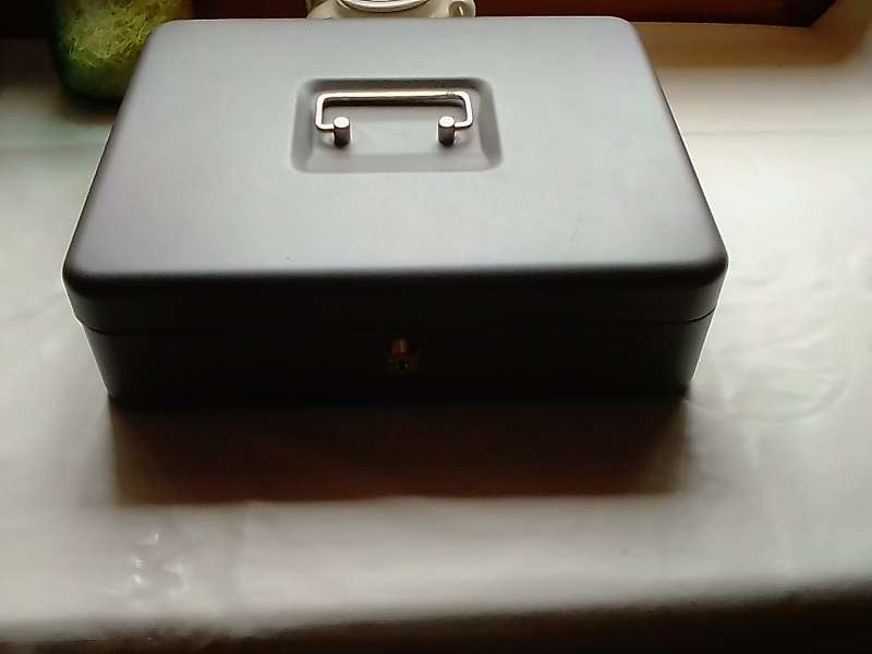Imagen producto Caja metálica 2