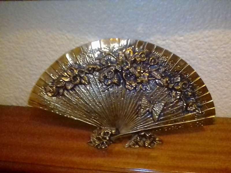 Imagen Abanico de bronce con y sin espejo