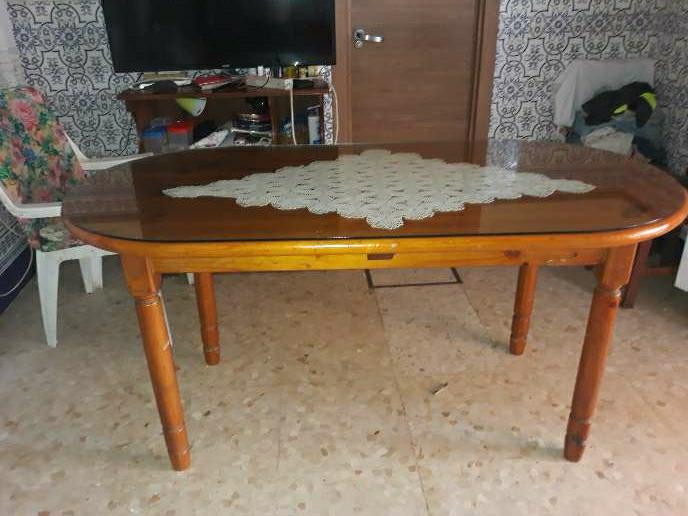 Imagen cristal de mesa ovalada
