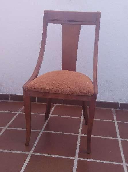 Imagen Mesa con sillas