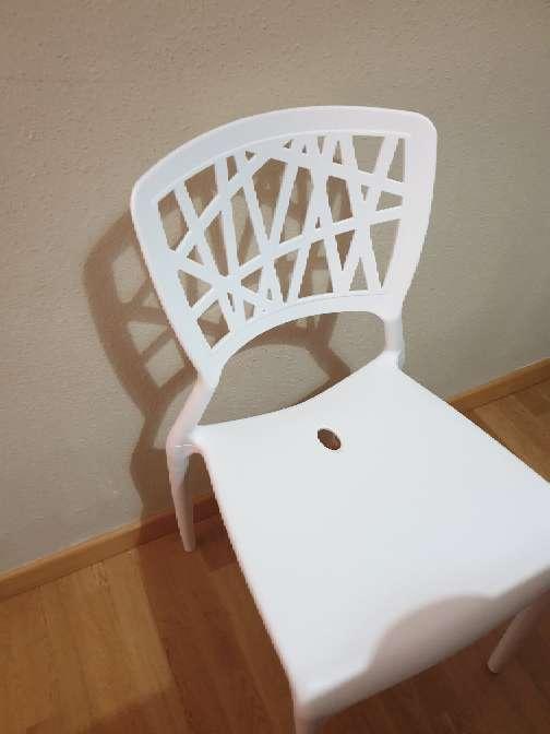 Imagen silla blanca