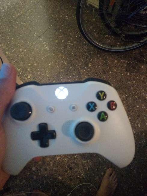 Imagen producto Vendo Xbox one s o cambio por ps4 o pc 2