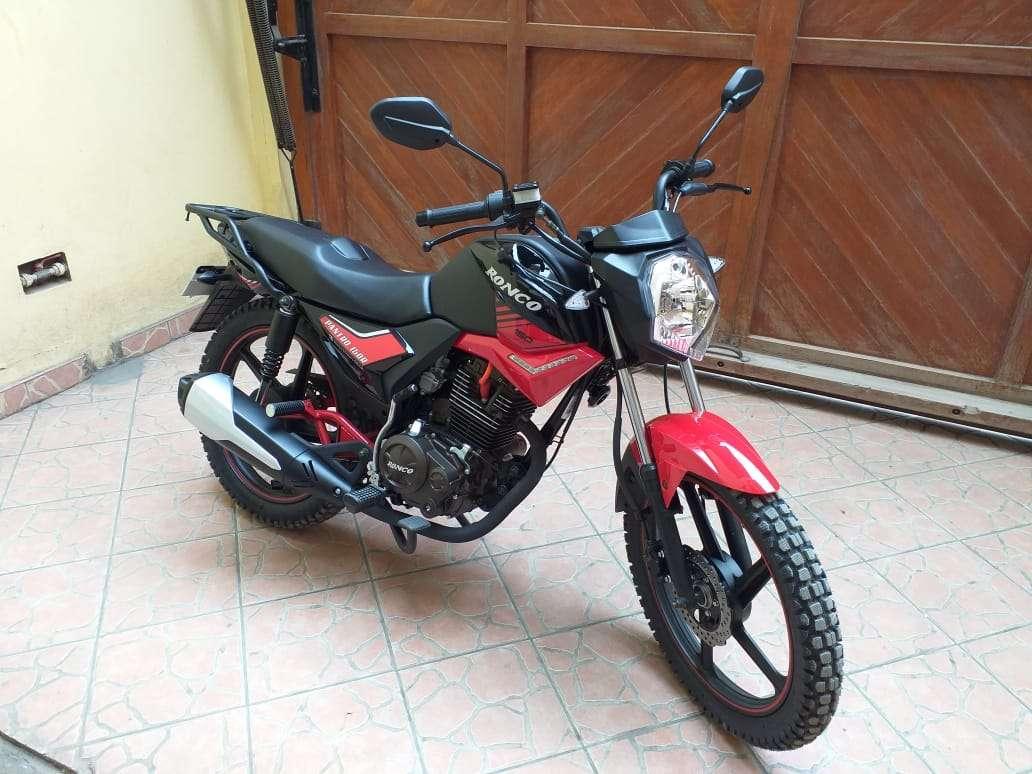 Imagen producto Se vende moto marca Ronco modelo pantro año 2019 3