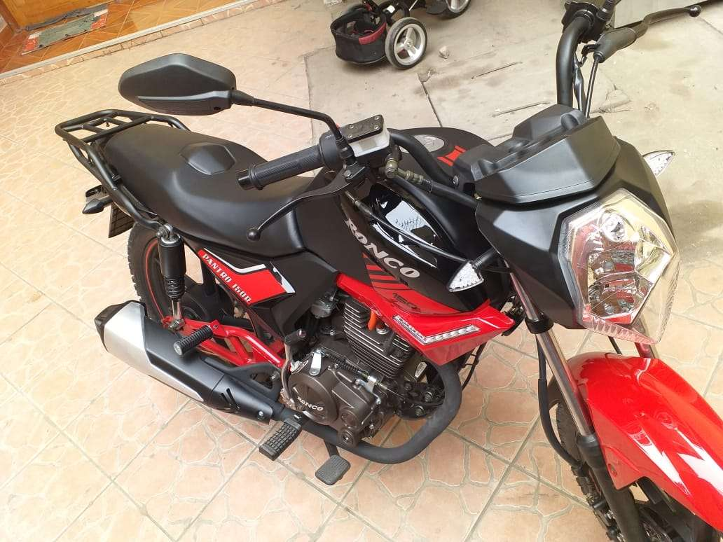 Imagen producto Se vende moto marca Ronco modelo pantro año 2019 6