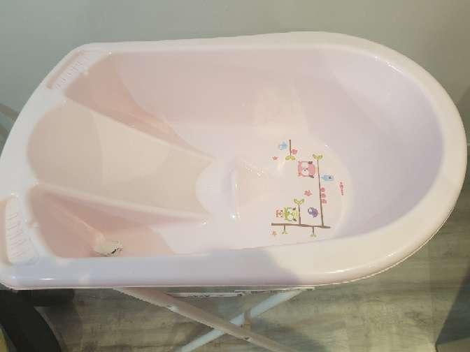 Imagen bañera rosa