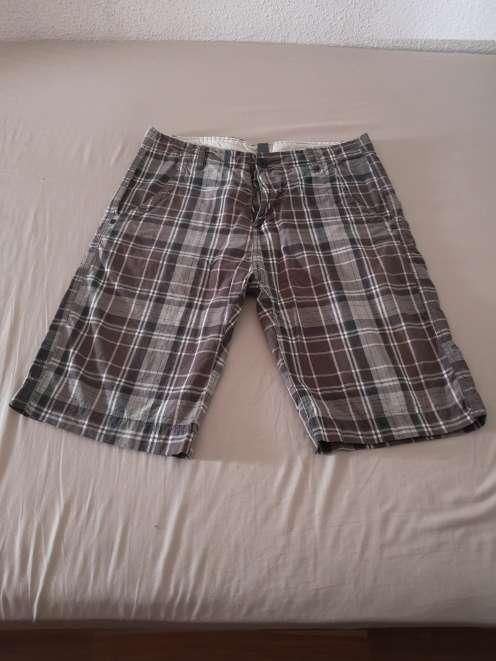 Imagen Pantalon Pirata Zara