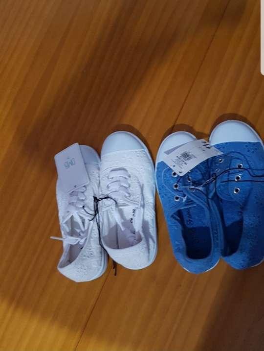 Imagen producto Lote zapatillas niña talla 28 3
