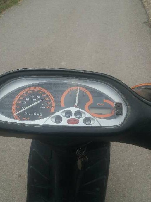 Imagen producto Se vende moto tifon 3
