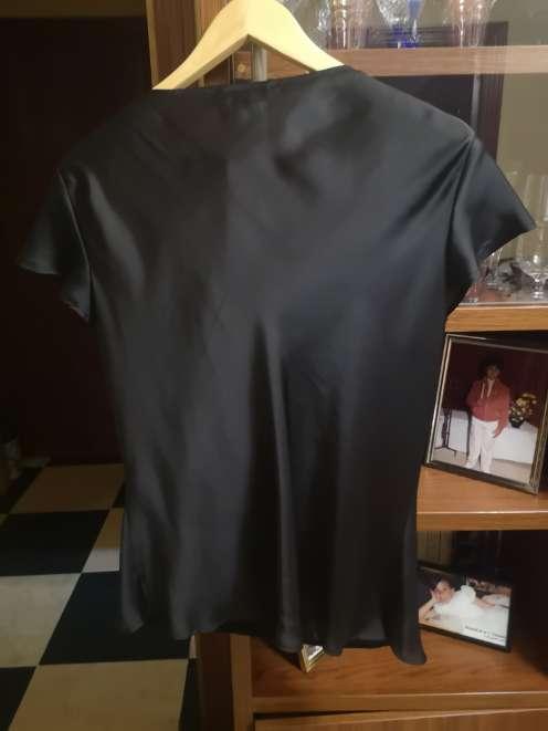 Imagen producto Traje Antea con Blusa de Seda de regalo 4