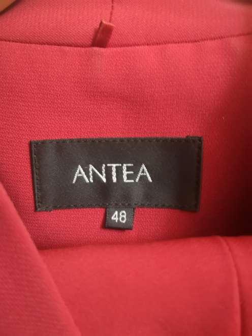 Imagen producto Traje Antea con Blusa de Seda de regalo 5